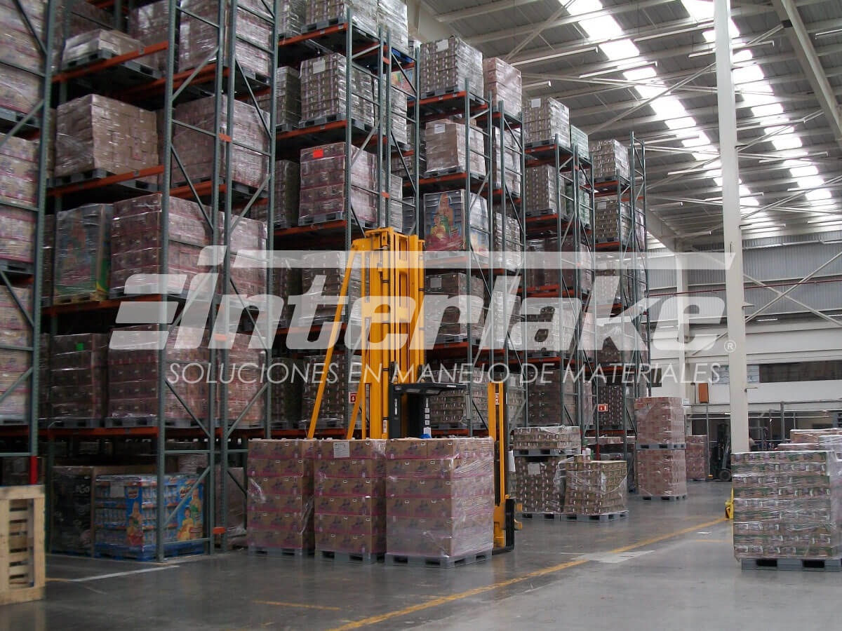 Un almacén en óptimas condiciones: un escalón más para el éxito comercial