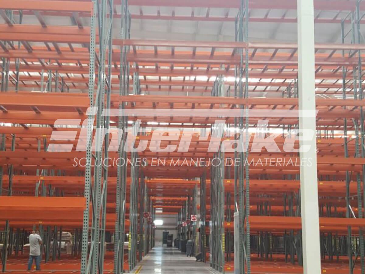 Racks metálicos, soluciones en mantenimiento y logística para almacenes