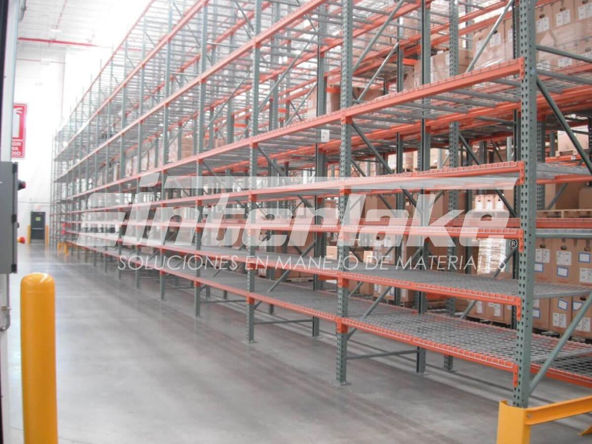 Seguridad dentro de los almacenes industriales