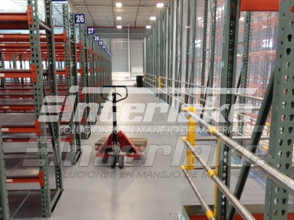 Warehouse racks, la solución para el almacenamiento industrial