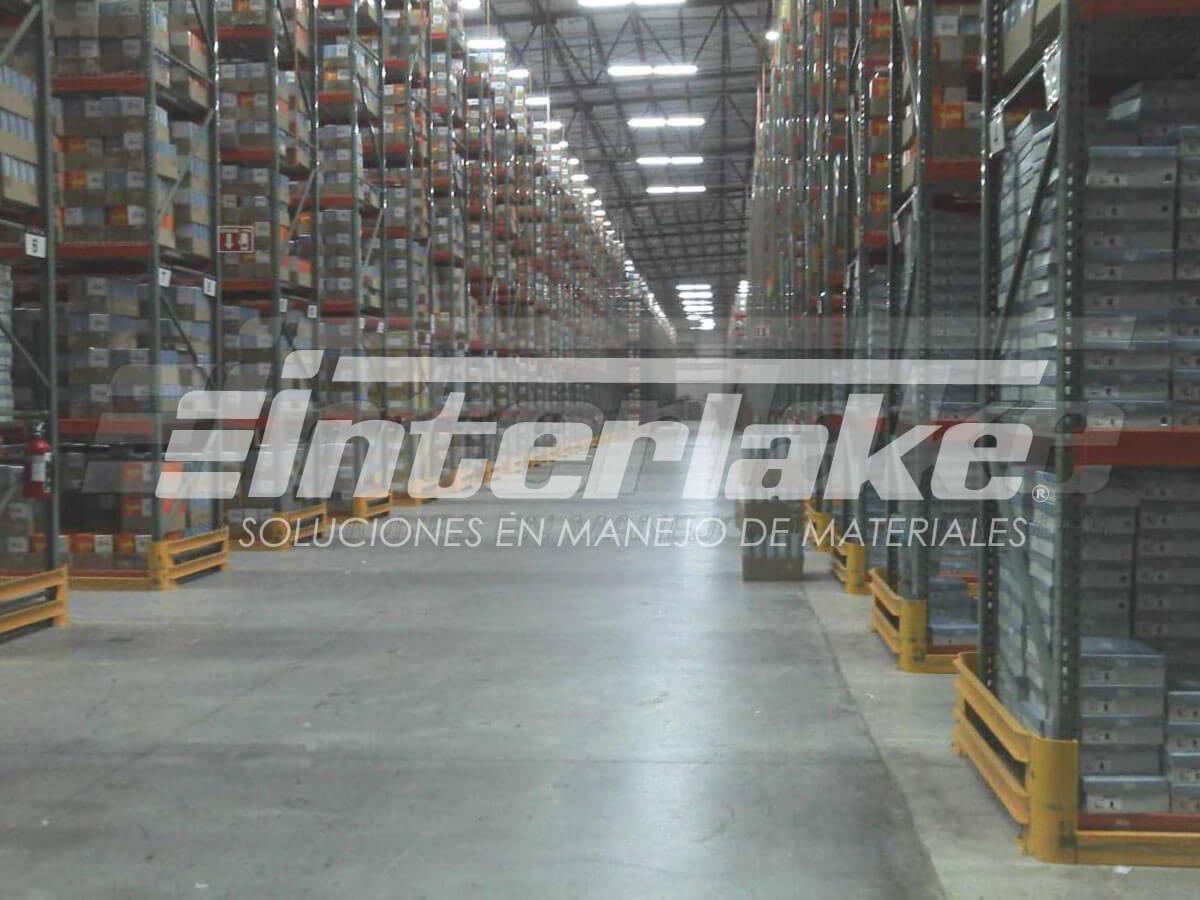 Warehouse racks y manejo de almacenes e inventarios