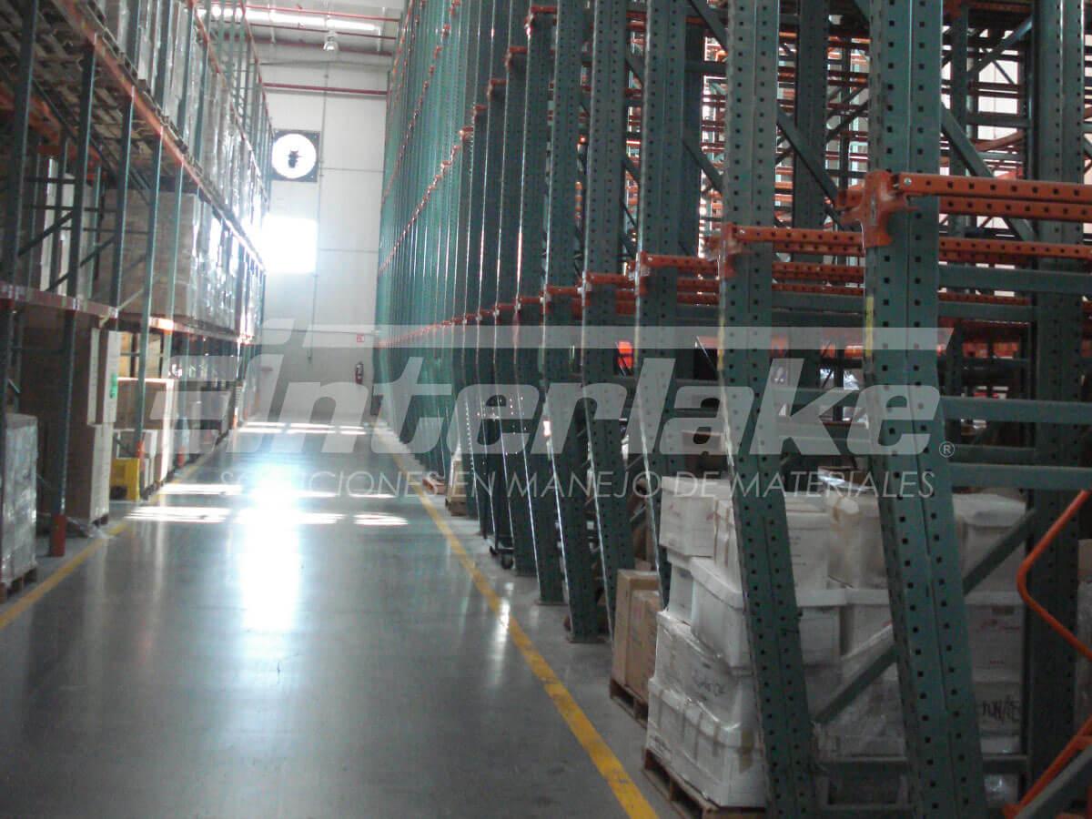 Importancia de la capacitación de personal para inspeccionar racks industriales