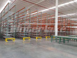 Aspectos por considerar al utilizar rack para almacenaje