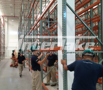 Mantenimiento y seguridad de estanterías industriales