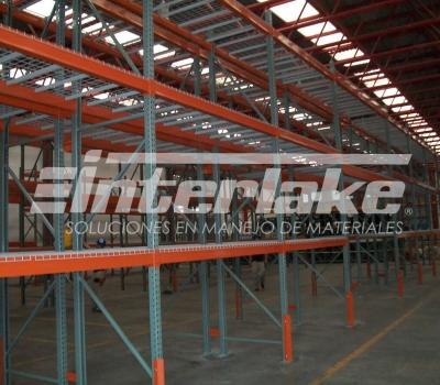 Los racks industriales, una excelente inversión para mejorar la logística de tu empresa