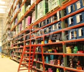 ¿Qué estanterías pueden ser ventajosas para su nuevo almacén?