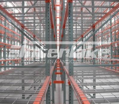 4 Razones para instalar racks selectivos en el almacén